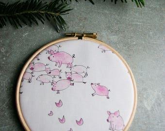 """Pigs in freedom"" frame drum of wood - 10 cm"