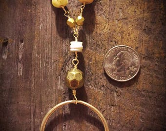 Neutral and gold bead necklace