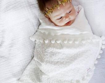 Pom Pom Blanket, Off White Pom Blanket, Baby Blanket, Crib Blanket, Blankie, Gender Neutral Blanket, White Pom Pom Blanket