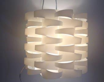 White vintage pendant lamp