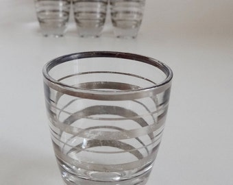 Vintage 1960s Mid Century Mad men Silver leaf Striped Set of Six Aperitif-Digestif-Shot Glasses
