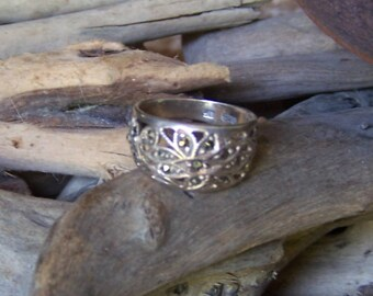 Vintage Wide Band 925 Silver Ring , Size 7