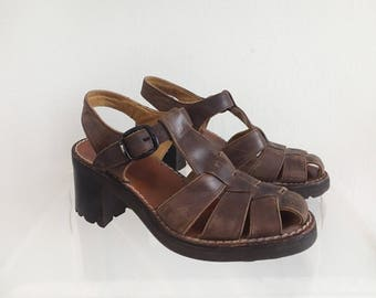 Chunky Brown Leather Sandals Size 7.5