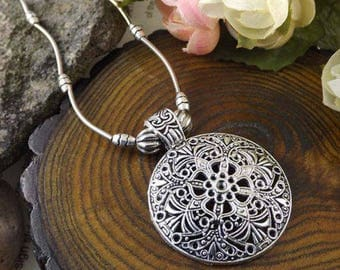 Tibetan Silver Floral Medallion Necklace