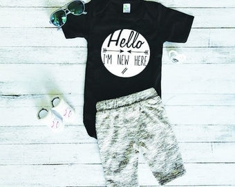 Funny Baby Onesie - Cute Baby Onesie - Baby Shower Gift - New Baby Gift - Baby Onesie With Sayings - Hello Im New Here
