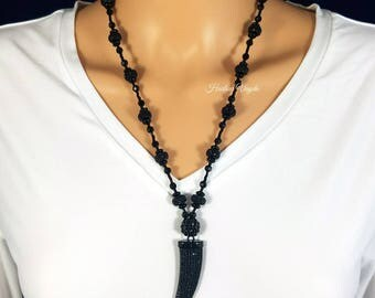 Black necklace, black pendant, black tooth pendant, black claw pendant, black tooth, black claw, beaded necklace, necklace, tooth, claw