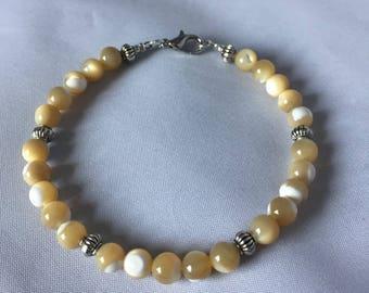 Troca Shell Bracelet w/ spacers -7.5in