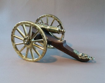 Cannon, Replica cannon, Model cannon, Brass model cannon, Decorative cannon, Ornamental cannon, Horse drawn cannon