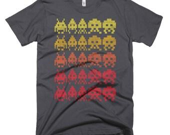 Invaders / Retro, Arcade, 80's   / Washed, Worn Style Print / Short-Sleeve Unisex, Graphic Asphalt TShirt