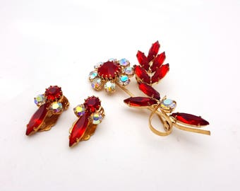 Vintage 50s Set of Clip On Earrings and Brooch Aurora Borealis and Red Rhinestones Gold Tone Metal Rainbow Gemstones Retro Mod Wedding