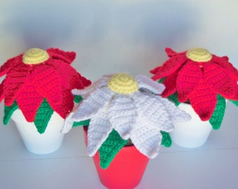 Crochet Poinsettia Plant / Artificial Crochet Plant / Stuffed Crochet Christmas Poinsettia