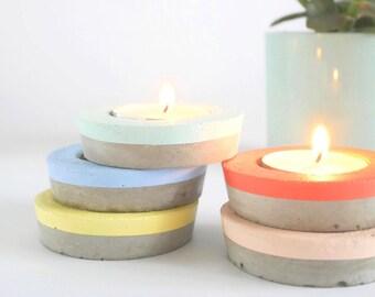 Round concrete candle holder, graphic candleholder, minimalist tealight, cement candle holder, industrial wedding decor, concrete chandelier