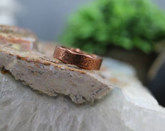 Textured Scalloped Edge Copper Ring, 6 mm wide