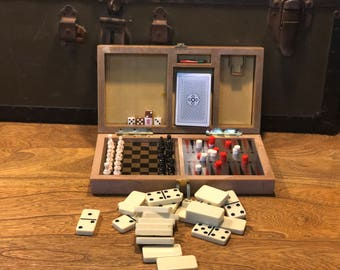 Vintage Games Travel Case Backgammon Dominoes Chess Cribbage Checkers Cards