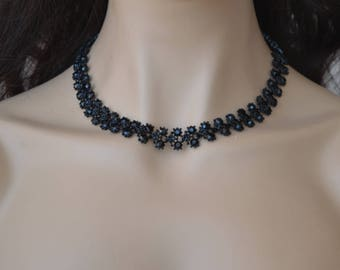 "Set of ""Lace"",Set with black stones."