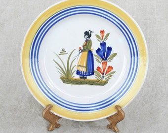 Quimper 7 inch Vintage Plate 1922-1968