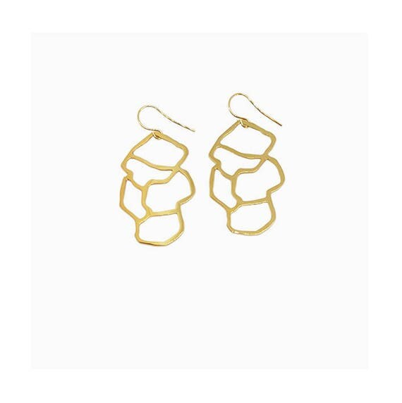 A DAY IN Marseille/Mucem pendant earrings, finish gold