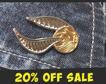 SHINY GOLDEN SNITCH Lapel Pin Enamel Lapel Harry Potter Fantastic beasts Quidditch Gryffindor Slytherin Badge Pins Costume Hermione Ron Gold