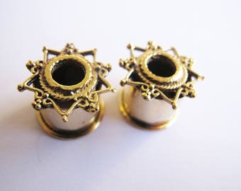 Plug Ear Tunnel Gold Color star Indian Design/golden Dilatations star Hindu style 14mm
