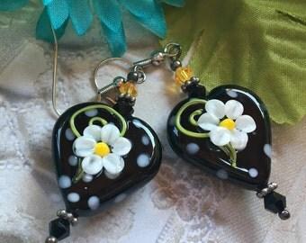 Heart Lampwork Earrings, White Daisy Earrings, Lampwork Jewelry, SRA Lampwork Jewelry, SRA Lampwork Jewelry, SRA Lampwork Earrings