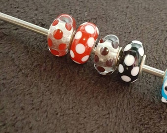 White Dot (base : Red, Black) Glasscharm by Urinamu(Available in both Pandora and trollbeads's bangle)