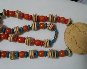 Vintage Wood and bead multi colored multi shaped pendant necklace