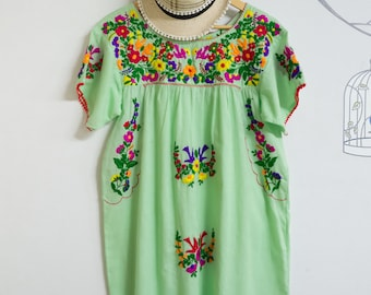 Mint Green Mexican Dress, Hand Embroidered, Oaxacan Dress, Floral Embroidered, Summer Dress