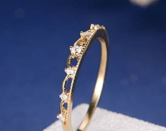 Diamond Wedding Band Unique Antique Princess Queen Dainty Dainty Yellow Gold Ring Anniversary Promise Thin Stacking Everyday Tiara Ring