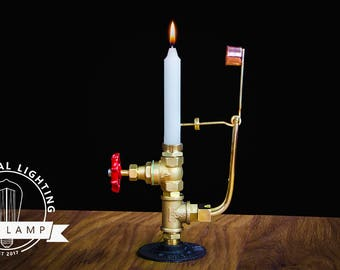 Self-Extinguishing Candlestick
