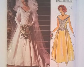 "Vogue Bridal Gown or Bridesmaid Dress Pattern 1677 - Includes Petticoat - Size 12 - Bust 34"" - Vintage 1986 Uncut Sewing Pattern"