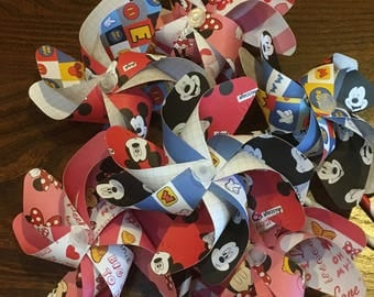 Mickey & Minnie Mouse Paper Pinwheels