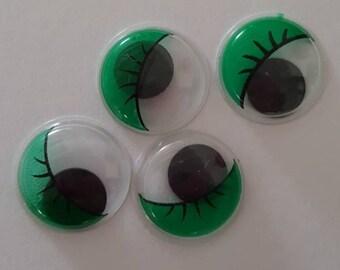 Green paste eyes