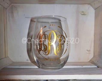 Monogram Wine Glass | Custom Cup | Custom Gifts | Monogrammed Glass | Monogrammed Wine Glass | Monogrammed Gift | Monogram Wine cup