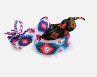 Bracelet / Handwoven /  Friendschip bracelet /Colombia