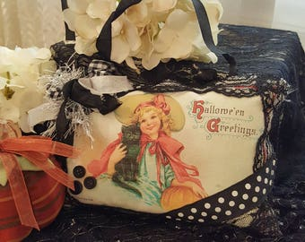 Vintage Halloween Lavender Sachet - Witch Girl With Black Cat