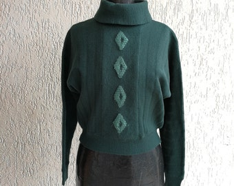 Bottle green Turtleneck Sweater with knitted diamond detail