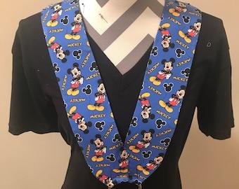 Mickey Mouse Disney pin trading lanyard