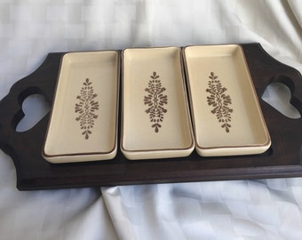 Vintage Pfaltzgraff Stoneware 4-Piece Relish Wood Serving Tray