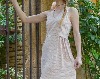 Robe courte Prima avec dos nu et zip latéral motif fleuri cadeau floral romantic girly short dress open back gift