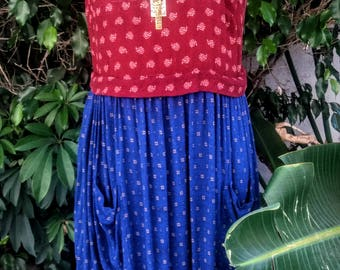 Vintage bohemian 2 tone sleeveless dress with pockets size M