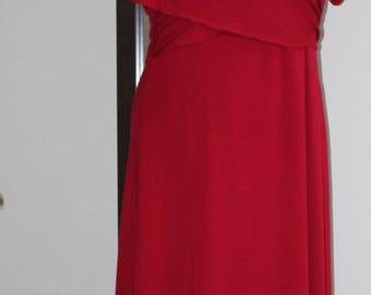 Red dress in a LARGE size (A-line cut, slimming design, evening dress, tea dress)