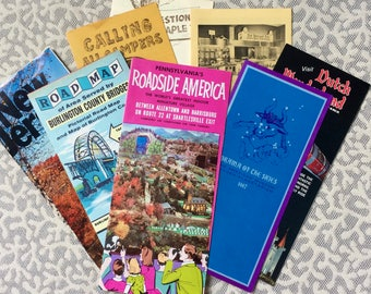 Pack of 28 1960s Bridge Travel Bureau Travel Brochures / Maps / American Wonderland Ticket / nj, pa, vt, de, ny, ct, ma, va +
