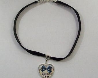 Cabochon heart velvet Choker necklace