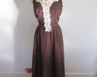 M 60s 70s Gown Brown Swiss Dot White Lace Long Dress Brown White Cream Sleeveless Formal Evening Hostess Party Tall Medium
