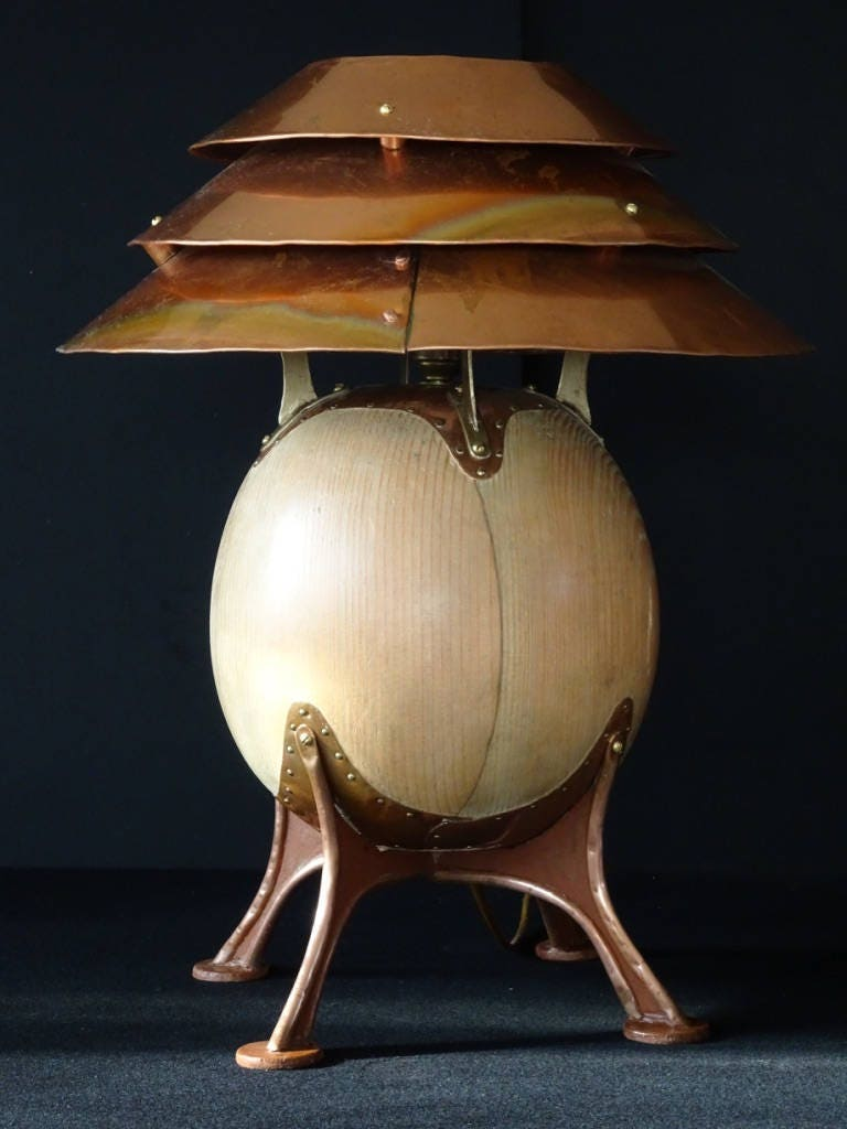 copper and wood 39 pot belly 39 table lamp male. Black Bedroom Furniture Sets. Home Design Ideas