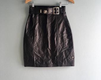80s/90s Black Leather Belted Mini Skirt//Full Back Zipper//High-Waist