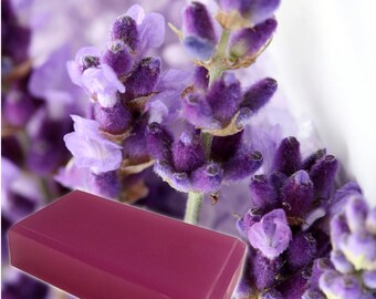 Organic Lavender Soap // Natural Essential Oil Soap // Handmade Lavender Bar Soap // Homemade Soap