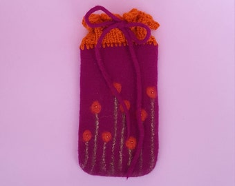 Felted Mobile Pocket knitted-flower meadow