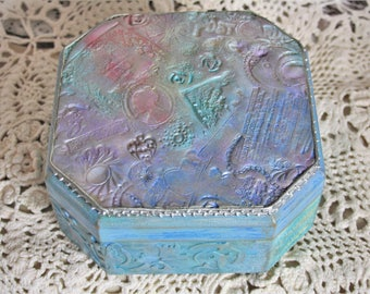 Octagon box Blue jewelry box Distressed box Shabby chic box Keepsake box Trinket box Jewelry holder Gift for her Jewelry storage box