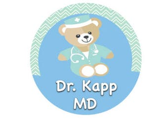 Surgical Bear Doctor Button - Cute Doctor Button - Medical Assistant Button - Medical Pin - Med School Button - Nursing Pin